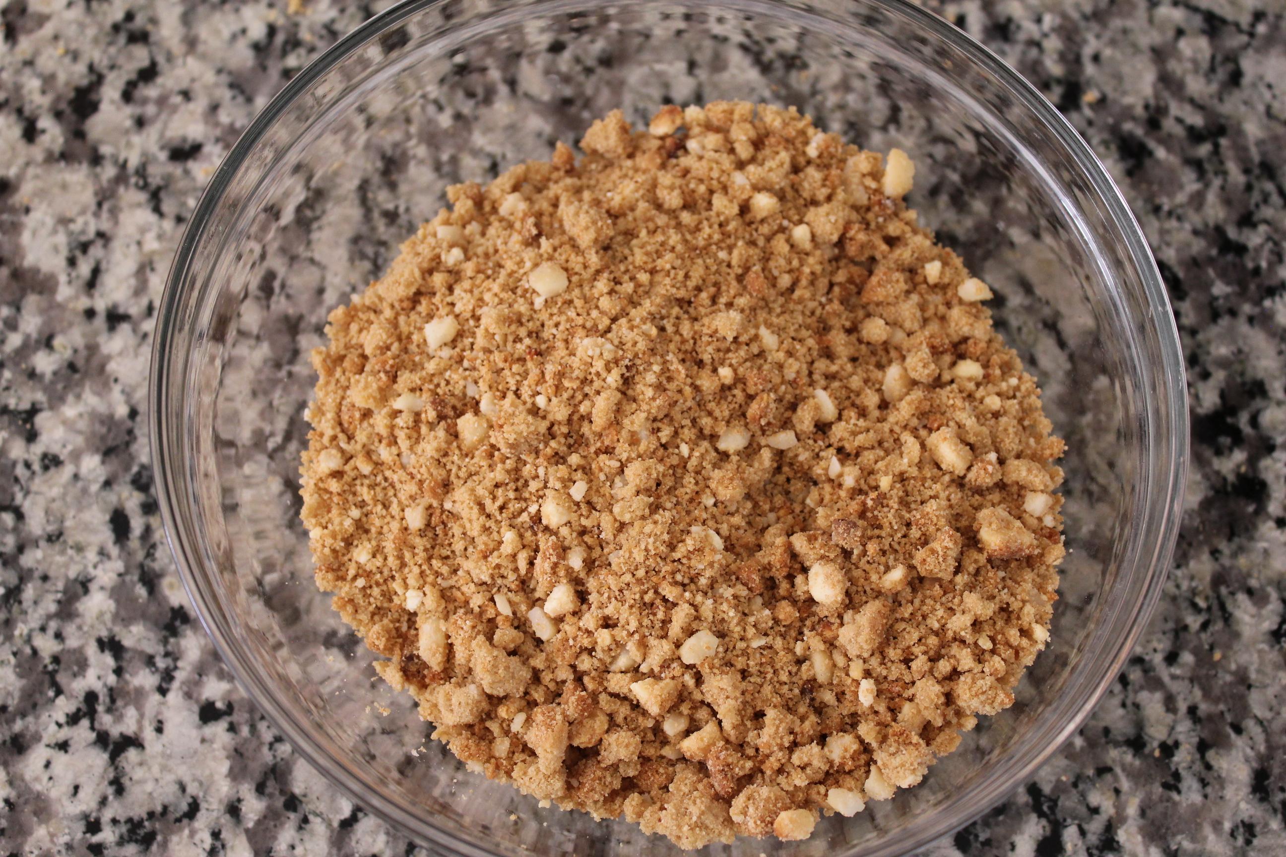 White Chocolate Macadamia Nut Cheesecake Crust